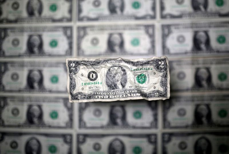 Dollar out of favour as focus turns to non-farm payrolls data